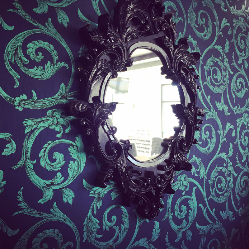 atlanta-nail-salon-decorative-wall-mirror - Treat Your Nails