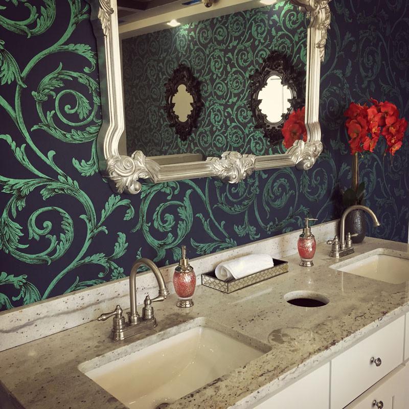 atlanta-nail-salon-decorative-wall-sink - Treat Your Nails