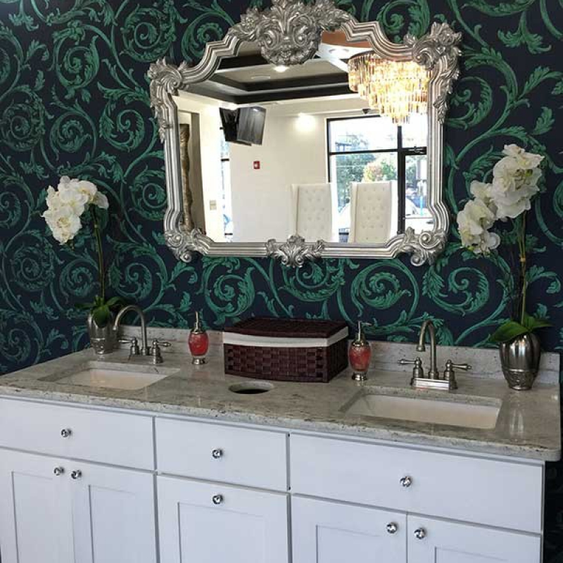 Atlanta Nail Salon Washing Area